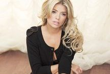 The Girl Crush : Holly Willoughby / UK TV Presenter Holly Willoughby envy