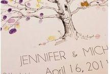 Variációk esküvői vendégkönyvre/Wedding Guest Book / Mi a közös bennük? Ujjlenyomat fa, írógéppel írt üzenet, vagy polaroid fotók. Mind lehet alternatíva esküvői vendégkönyvre. #esküvőivendégkönyv #vendégkönyv #ujjlenyomat #wedding