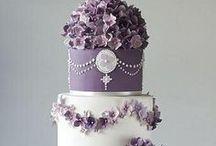 LILA esküvő/Purple wedding / Inspirációk lilára. A cipőtől, a dekoron át minden, ami lila. #lilaesküvő #purplewedding