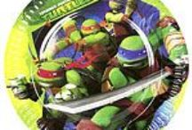 Ninja Turtles Party Supplies / A range of Ninja Turtles tableware and decorations which include napkins, plates, tablecover, cups, disposable cutlery, Party Balloons, Platters, great for a themed party. Add this Teenage Mutant Ninja Turtles partyware to any coloured party supplies and create the perfect theme.