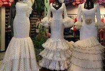 Escaparates Viva La Feria / Nuestra forma de exponer nuestra Moda Flamenca en los escaparates