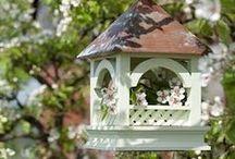 D❂mki i karmniki dla ptaków