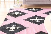 Rugs / by Little Miss Wong