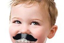 bigotes / a la moda