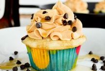 Let Them Eat Cake! / Cakes, Cupcakes, Toppings & Fillings