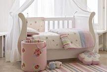 Cots / Nursery Cots