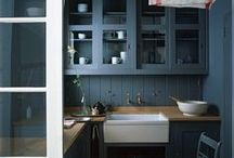 Kitchens / by Talia H. Cobbold