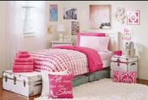 Pink Ombre / Ombré hairstyles and clothing have stated their place in the fashion industry, so what about dressing your dorm in this unique pattern? The gradiation from white to pink allows you to add the right pop of color to make this Comfort Pak your own!