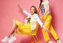 GLAMOUR-napok / 2018. Április 12-e és 15-e között országszerte több, mint 310 márka közreműködésével, 3000 üzletben óriási kedvezményekkel, nagyértékű nyereményekkel vár a GLAMOUR Shoppingünnep!