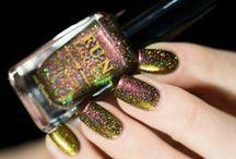 Indie Nail Polish / Amazing indie nail polish, swatches and reviews. See more: http://sonailicious.com/tag/indie/