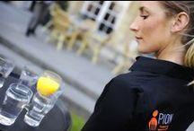 Horecapersoneel / Onze vakkundige en gastvrije horecamedewerkers leveren een belangrijke bijdrage aan het verzorgen van jouw gasten. Of het nu gaat om gastheren, gastvrouwen, barpersoneel, keukenpersoneel, personele ondersteuning bij evenementen of tijdelijke drukte? PION is de partij als het gaat om professionele horeca dienstverlening. Kijk hier voor een overzicht van onze dienstverlening. http://crm.pionhorecaenpromotie.nl/4-sterke-pijlers/