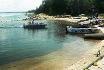 Tallinnan rannat / Tallinnassa voi viettää myös ihanaa kesäpäivää rannalla. Kaupungissa on useita uima- ja hiekkarantoja, joista osa on tunnetumpia, osa vielä suurelta yleisöltä löytämättä. Pakkaa uimapuku ja pyyhe kassiin ja suuntaa Tallinnaan auringon alle.