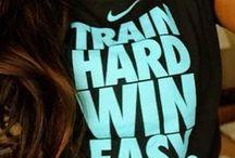 Sportkleding (Sports clothing)  / Sportkleding, fitness en schoenen  www.fitwomen.nl