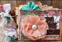 CCB Books, Journals, Mini Albums, Scrapbooks / Handmade books, journals, mini albums, artist books, folios, scrapbooks, photo albums, and planners by the Canvas Corp Brands Creative Crew. Canvas Corp, 7gypsies, Tattered Angels