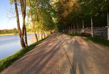 Procházky v přírodě i po městě, někdy bosky či naboso. / Někdy i s Petynkou :-) nebo to co se mi líbí.