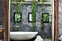 Mr & Mrs | Bathroom