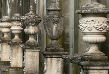 Topiares Finials & Urns