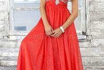 Prom dresses / by ShiAnne Boehm