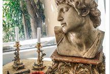 Antichita / Busto di cera su piedistallo XVIII