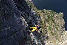 Base jumping / skydiving
