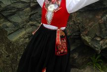 Norske bunader - Norwegian national costumes