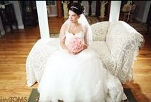 Weddings / Wedding photography and pose ideas.
