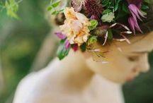Flowers in you hair // Wedding / Flowers in you hair // Wedding