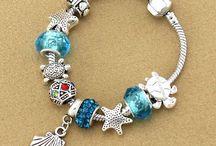 Pandora / Coisinha mais linda,pulseiras e charmes!!