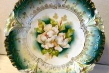 Antique Porcelain / by Allan Dynes