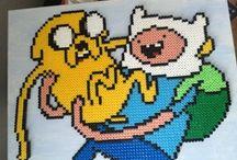ADVENTURE TIME / Abenteuerzeit mit Finn und Jake aus Bügelperlen - Hama & Perler beads / by Mutti Mamma