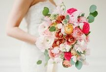 Wedding Bouquets From Aisle Society / Gorgeous Bridal Bouquets and Wedding Flowers!