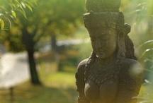 Home & Garden Statues - Buddha & Goddesses