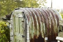 Garden Sheds - all shapes and sizes / Garden Sheds, potting sheds, fancy and plain