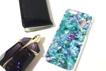 SPARKLY PHONE CASES. / Phone cases with sparkly prints // www.izzycalifornia.com / by Izzy California