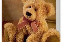 Teddy Bears, Cloth Dolls and Dolls