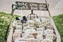 Weddings { DIY gifts & favors } / Get creative for your guests with these gorgeous DIY projects