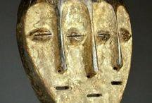 Wood Sculpture traditional / afrique oceanie papouasie