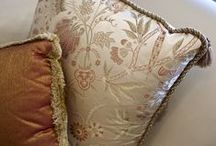 Finishing Touches / Inspiration on how to give a room the perfect finishing touches in the French style