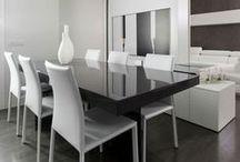 Lovely Dining Spaces - Sala da Pranzo / Modern Dining Room Furniure Inspirazione. Interior Design Ideas. Zona pranzo mobili design. Ispirazione arredo sala da pranzo. Tavoli. Credenze. Sedute. Sedie.