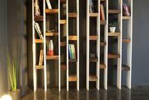 Les livres n'ont qu'à bien se tenir ! / Bookshelves / Bibliothèques