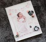 Foto-presentación Newborn - Happy Time / Foto-presentación en FineArt para recién nacidos, con sus datos de nacimiento, un bonito atrezzo y además te lo entregamos en un marco de madera blanco.  Si quieres reservar escríbenos: hola@happytime.es