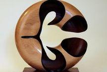 Beelden in hout / Wooden art