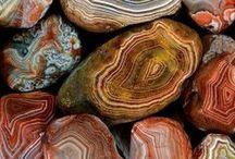Crystals & Stones / Crystals & Stones