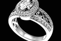 Bagues diamant / Un tour d'horizon des différentes bagues en  diamant. Nuances de paillettes argentées. Sparkle