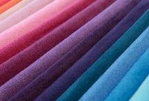 Tapicerías / En SCG puedes elegir entre diferentes textiles y gamas cromáticas para que la elección de tu sofá sea la perfecta.