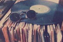 Music/Dance!!! / táncosok, koreográfiák, zenék, zenészek, énekesek, bandák, zenés filmek stb.