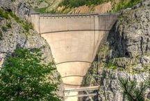 Disastro del Vajont / Foto e immagino della diga e archivio storico del disastro del Vajont