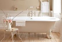 Bathrooms / Beautiful Bathrooms - home decor, style and interior design for bathrooms