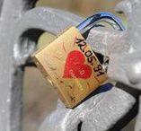 ICONIST Liebeserklaerer / Unsere Kolleginnen Nicola & Sarah beschäftigen sich auf youtube.com/liebeserklaerer mit allen Themen rund um Lifestyle, Liebe, Dating.