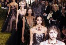 ICONIST Internationale Modewochen / Die interessantesten Trends aus Mailand, New York, London und Paris.